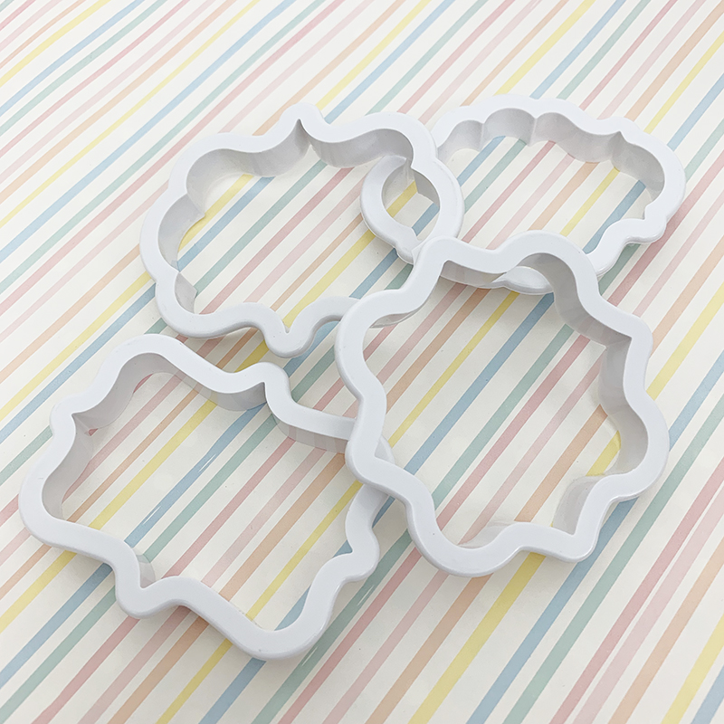 Plaque cutter set